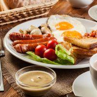 Energetyczne śniadanie na długi dzień