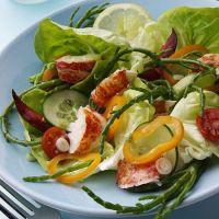 Niskokaloryczna i pyszna sałata z salami
